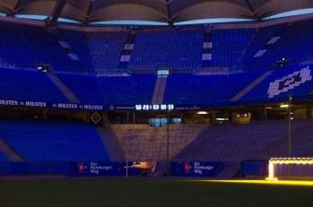 Stadionführung beim HSV im Rahmen der Langen Nacht. - Nach dieser Führung hoffe ich, dass keiner den Reset-Knopf drücken muss.
