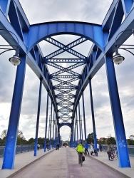 Die Sternbrücke ist noch ein recht junges Bauwerk, erst 2005 wurde sie fertig gestellt.